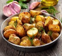 Ziemniaki pieczone w piekarniku - podajemy dobry przepis na pieczone ziemniaki [WIDEO]