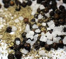 Czym różni się sól przemysłowa od spożywczej? Jak sól przemysłowa wpływa na zdrowie?