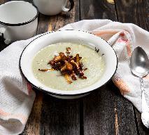 Kremowa zupa ziemniaczana ze smażonymi kurkami