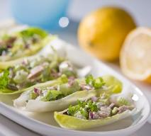 Łódeczki z cykorii z tuńczykiem: przepis na zdrową przekąskę