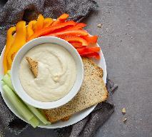 Pasta z fasoli: przepis na pyszny dodatek do pieczywa lub warzyw