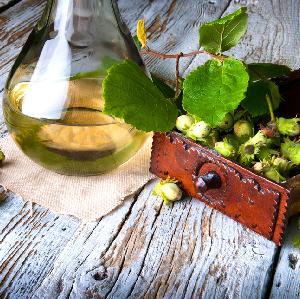 Orzechówka z orzechów laskowych lub arachidowych: przepis