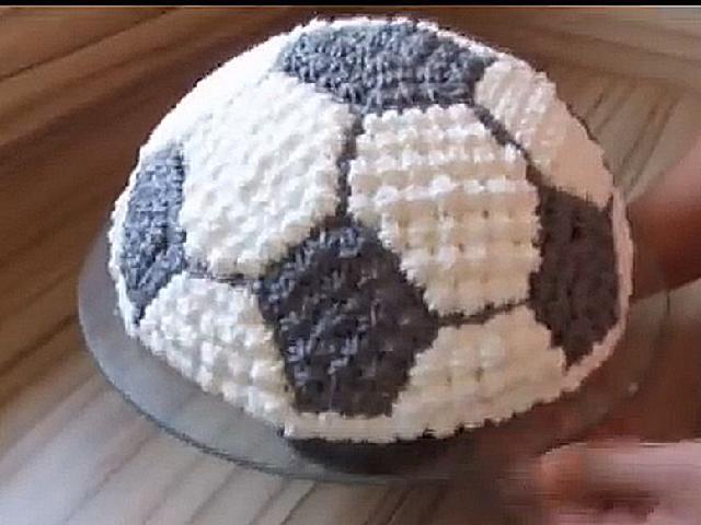 Tort Urodzinowy W Kształcie Piłki Jak Zrobić Dokładny Przepis
