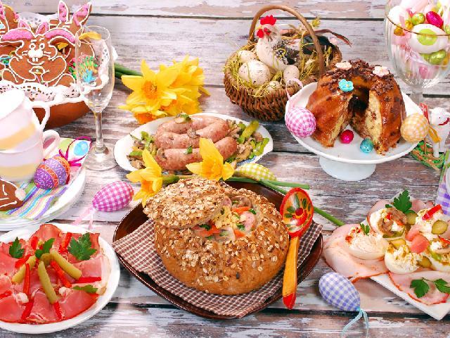 Sniadanie Wielkanocne Co Podac Na Tradycyjny Swiateczny Stol