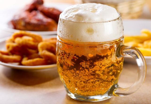 Przekąski dla kibiców: rożki do piwa