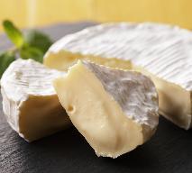 Prosty dip z sera camembert - idealny na imprezy!
