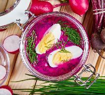 Chłodnik litewski z botwinki z maślanką i jogurtem - danie na lato