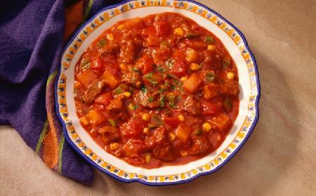 Rozgrzewająca zupa meksykańska - przepis Ewy Wachowicz