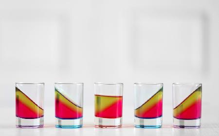Jelly shots: przepis na galaretkowe shoty z alkoholem