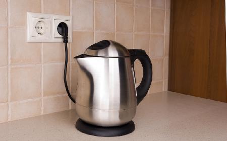 Odkamienianie czajnika sodą - jak to zrobić?