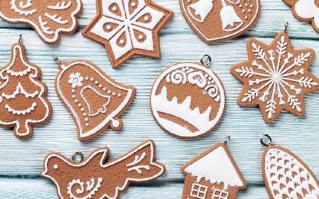 Pierniczki świąteczne - przepis na kruche ciasteczka bożonarodzeniowe [WIDEO]