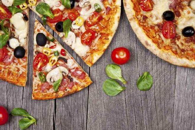 Historia pizzy - kto ją wymyślił, kto robi najlepszą pizzę i inne ciekawostki