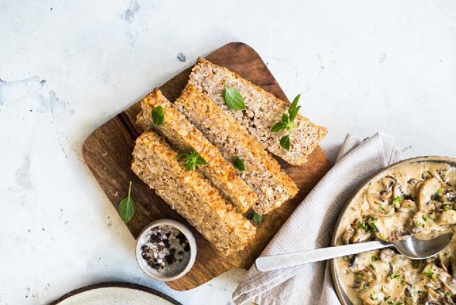 Babka z kaszy gryczanej i sera: przepis na zdrowe i tanie danie obiadowe