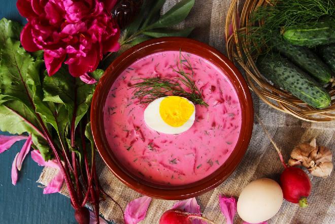 Chłodnik litewski z jajkiem [WIDEO]